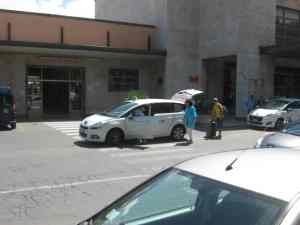 Piazzale Dante Viareggio passaggio Pedonale taxi