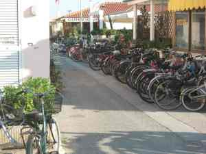 Via Marconi Viareggio Bagno Amore 2014-08-09 19.13.54