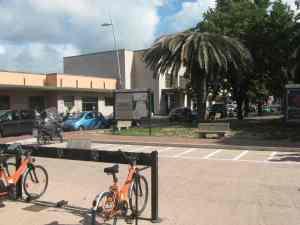 Parcheggio moto parcheggio bici Stazione Viareggio piazza Dante