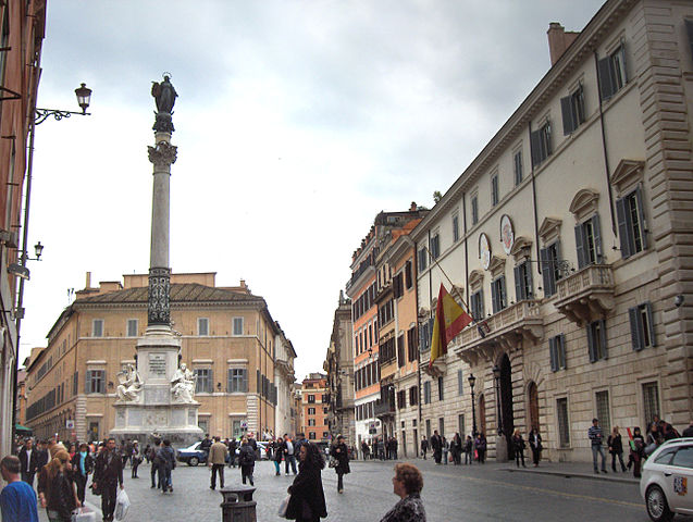 637px-Piazza_di_Spagna_001
