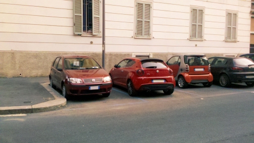 Perché tenerle parcheggiate per 22 ore al giorno quando posso essere condivise?