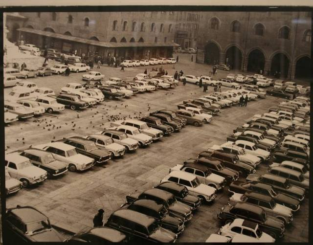 piazza maggiore bologna parcheggio