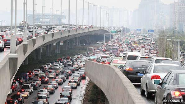 Zhengzhou traffic jam traffico in Cina