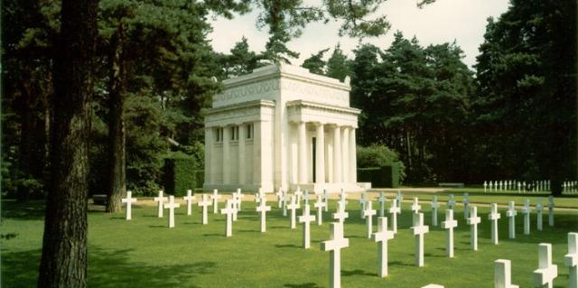 Brookwood_American_Cemetery_and_Memorial