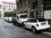 Ciclisti arroganti automobili Milano 4
