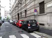 Ciclisti arroganti automobili Milano 6