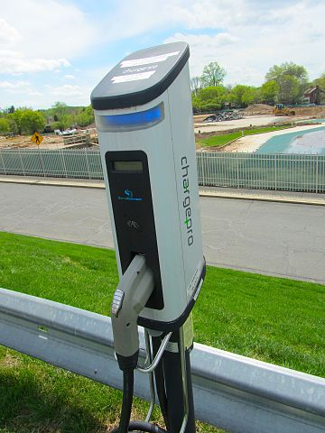 electric_car_charger-ph-antonio-chavez