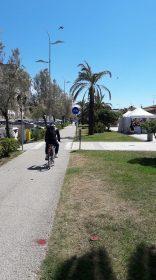 Lido di Camaiore Passeggiata - Uno dei tratti migliori, anche se interrotto da una quantità enorme di passi pedonali.