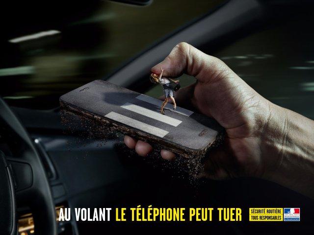 al volante il telefono uccide campagna sociale francese 2