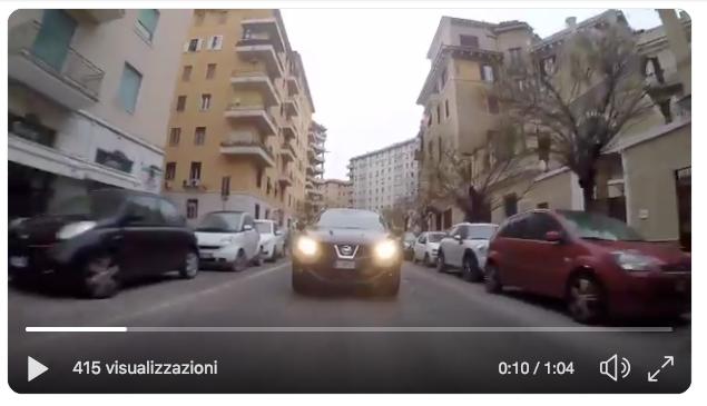Screenshot 2019-02-13 16.36.05 strada stretta suv sorpasso pericoloso traffico